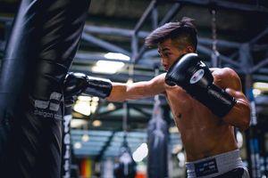 Ngôi sao boxing Trần Văn Thảo tự tin chiến thắng trên đất Mỹ