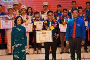 Tuyên dương 72 cán bộ Đoàn nhận giải thưởng Lý Tự Trọng 2019