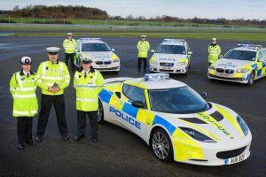 10 siêu xe tuần tra sang chảnh nhất của cảnh sát thế giới