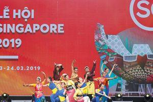 Rộn ràng nét văn hóa Singapore giữa lòng Hà Nội