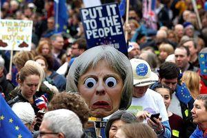 Hơn 1 triệu người đổ xuống đường đòi nước Anh ở lại với Châu Âu