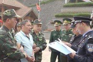Nghi phạm cầm đầu đường dây thuốc giả trốn truy nã sang Việt Nam