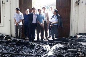 Hỗ trợ Giáo xứ Thọ Vực 50 triệu đồng khắc phục hỏa hoạn