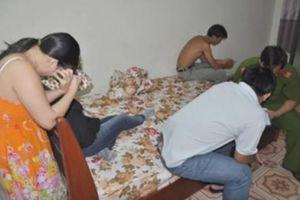 Người phụ nữ thuê ki ốt trên đồi thông để hành nghề mại dâm 'giá bèo'