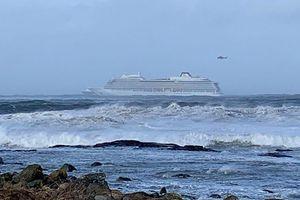 Cứu hộ du thuyền chở gần 1.400 người tại Na Uy