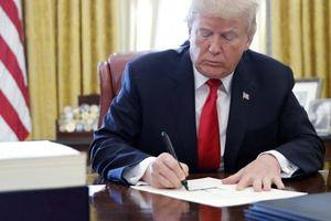 Ông Trump đã ký kết tài liệu về cao nguyên Golan?