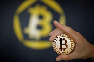 Bitcoin lại lao dốc