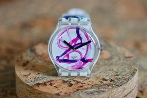 'Lợn họa sĩ ' Pigcasso gây sốt với mẫu đồng hồ đắt khách