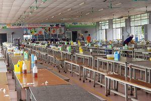 Gần 1.000 công nhân ở Ninh Bình bỏ ăn trưa vì nghi thực phẩm bẩn