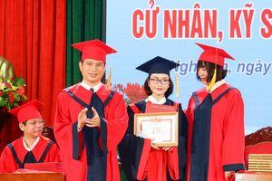 116 sinh viên Trường ĐH Vinh tốt nghiệp sớm