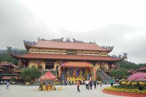 Sáng nay (26/3), TP Uông Bí họp báo vụ chùa Ba Vàng 'thỉnh oan gia trái chủ'