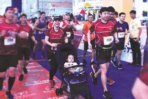 Cung đường hạnh phúc Tiền Phong marathon