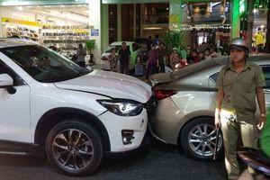 Bắt tạm giam đối tượng cố ý gây thương tích sau khi va quẹt xe ô tô