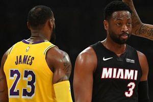 Dwyane Wade nói gì khi LeBron James không thể vào playoffs?