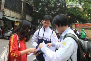 Thi thử THPT quốc gia tại Hà Nội: Thí sinh 'nhăn mặt' vì đề Toán khó