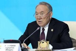 Tranh luận về quyết định từ chức của Tổng thống Nursultan Nazarbayev