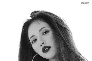 Loạt nữ hoàng Kbiz 'một mình một ngựa' phất lên: HyunA (4minute) hóa biểu tượng quyến rũ, Tae Yeon (SNSD) trở nên 'già dặn' hơn