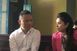 Vụ ly hôn của vợ chồng chủ cả phê Trung Nguyên: Tranh cãi gay gắt tiền gửi ngân hàng thuộc về ai