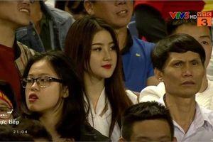 Hé lộ danh tính cô gái được tìm kiếm nhiều nhất sau trận U23 Việt Nam - U23 Thái Lan