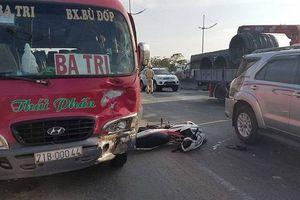 TP.HCM: Tai nạn liên hoàn khiến 2 cha con thương vong