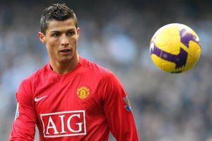 Ronaldo thua xa huyền thoại Arsenal tại Premier League