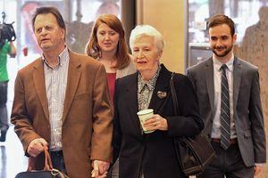Bị ung thư vì thuốc diệt cỏ Roundup, nạn nhân thứ 2 thắng kiện tại Mỹ