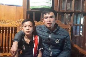Bố cậu bé Sơn La đạp xe không phanh xuống Hà Nội thăm em: 'May mà bé không cho em gái đi cùng'