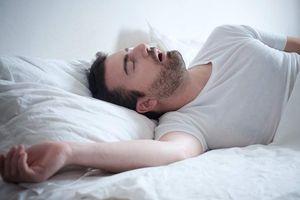Ngừng thở 85 lần trong một tiếng, nguy cơ đột tử do ngáy ngủ