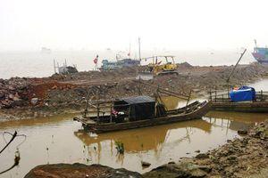 Thanh Hóa: Chính quyền tiếp tay cho doanh nghiệp lấn sông xây cảng trái phép