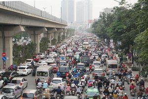Bộ GTVT: Muốn cấm xe máy phải đáp ứng nhu cầu vận tải công cộng