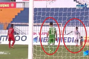 KỲ LẠ: Cầu thủ Cần Thơ tự sút phạt vào lưới nhà ở Cup Quốc gia