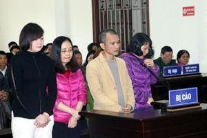 Nữ cán bộ thanh tra tỉnh Hòa Bình nhận 17 tỷ đồng để … chạy việc