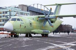 Il-112V thử nghiệm thành công, phương tây so bì nặng nhẹ