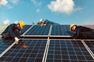 Điện mặt trời trên mái nhà hết 'vướng' hóa đơn