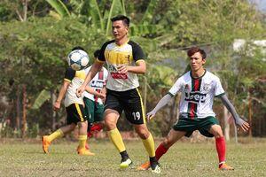 Cựu sao Việt - Thái cùng giao lưu đá bóng từ thiện tại miền Tây