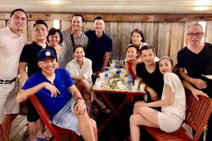 Vợ chồng Hà Tăng tổ chức sinh nhật hai con cùng hội bạn thân nổi tiếng