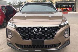 Hyundai SantaFe bản Full-option giá 1,185 tỷ ở VN