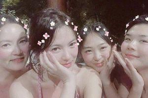 Mặc tin đồn ly hôn, Song Hye Kyo vui vẻ du lịch cùng bạn ở Thái Lan
