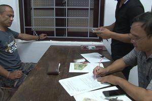 Bắt quả tang người đàn ông tàng trữ hơn 2.000 viên ma túy