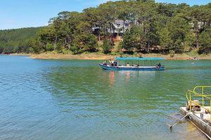 Thuyền bất ngờ bị thủng, một người đàn ông chết đuối ở hồ Tuyền Lâm