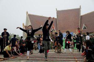Đa dạng 'Sắc màu các dân tộc Việt Nam' tại Thủ đô