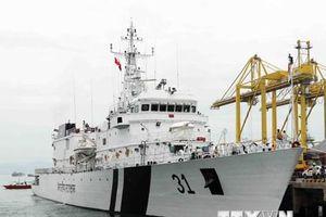Hình ảnh tàu Lực lượng bảo vệ bờ biển Ấn Độ thăm thành phố Đà Nẵng