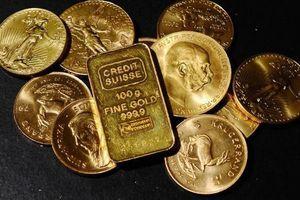 Giá vàng tăng nhẹ, USD tự do lên gần 23.240 đồng