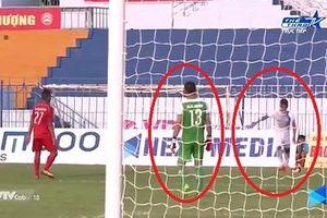 Cầu thủ đá phạt thẳng về lưới nhà bị Cần Thơ bị treo giò 3 trận