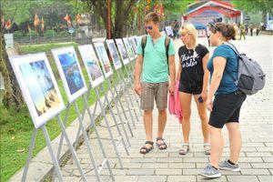 Triển lãm ảnh nghệ thuật ca ngợi biển, đảo Việt Nam