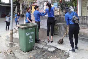 Làm gì để đường phố và vỉa hè Huế không còn rác?
