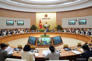 Thủ tướng yêu cầu phát triển kinh tế nhưng không bỏ quên các vấn đề xã hội bức xúc
