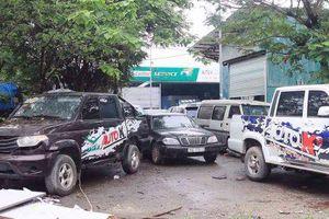 Cầu Giấy, Hà Nội: Gara ôtô mọc tràn lan ở dự án bỏ hoang gây ô nhiễm môi trường