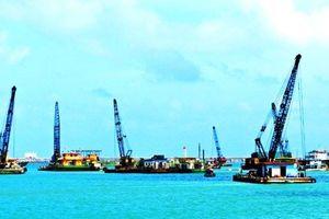 Tìm phương án sử dụng vật chất nạo vét cảng Dung Quất