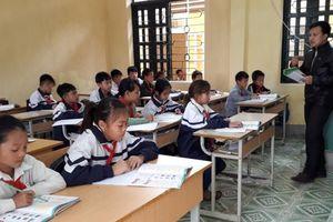 Dạy và học Tiếng Anh ở Điện Biên: Quyết tâm vượt khó